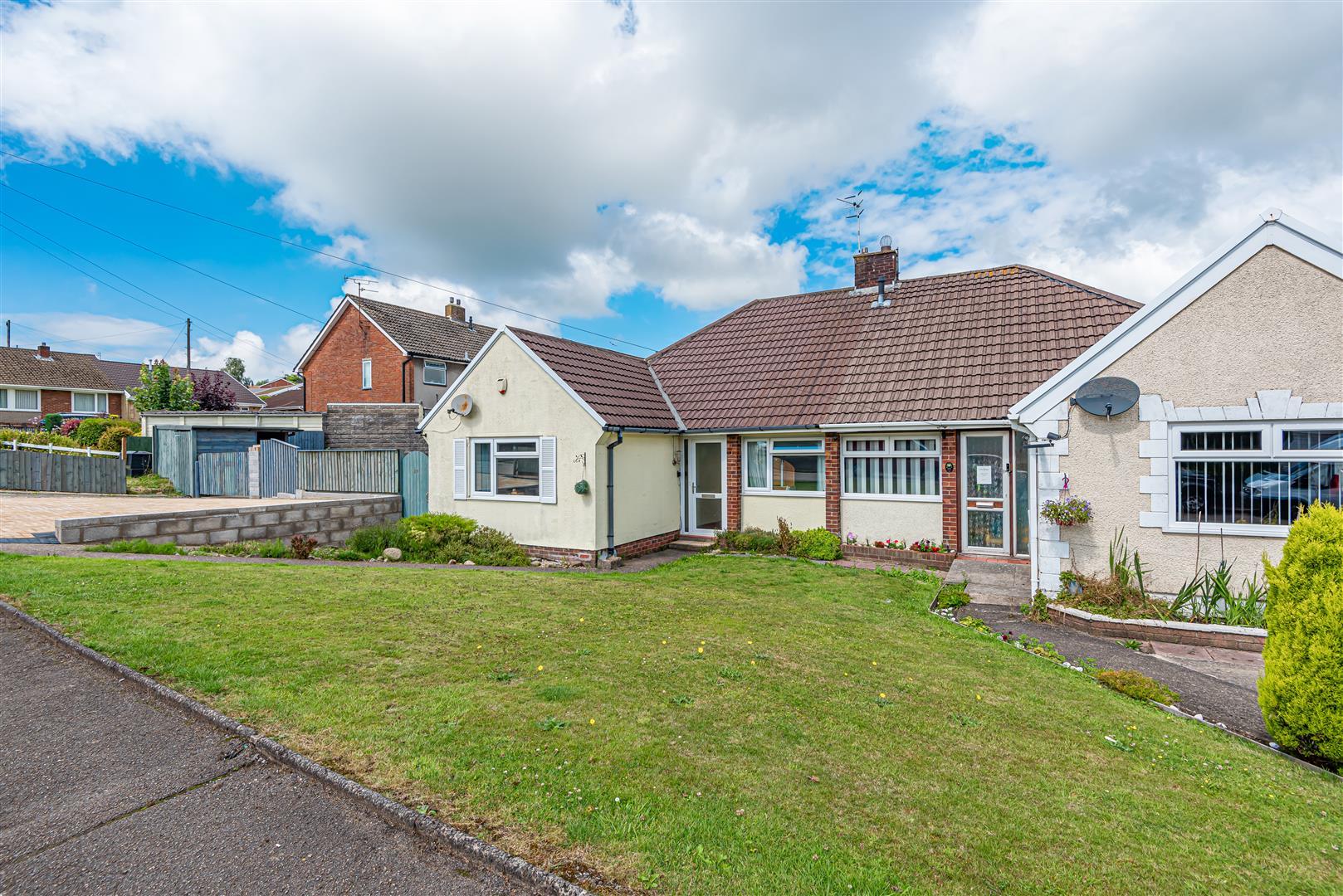 Mount Crescent, Morriston, Swansea, SA6 6AP